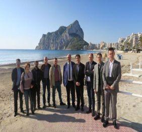 El Secretario Autonómico de Turismo Visita en Calp las Obras de Reparación de los Desperfectos Del Temporal de Enero